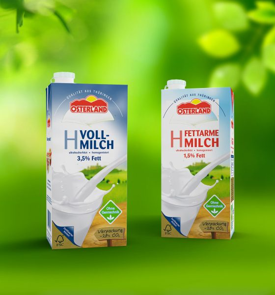 SIG's combibloc EcoPlus, the world's first and only aluminium-free aseptic carton, has hit a milestone of 1 billion packs filled. The 1 billionth pack was filled by DMK Group, Germany's largest dairy cooperative. (Picture: SIG)
