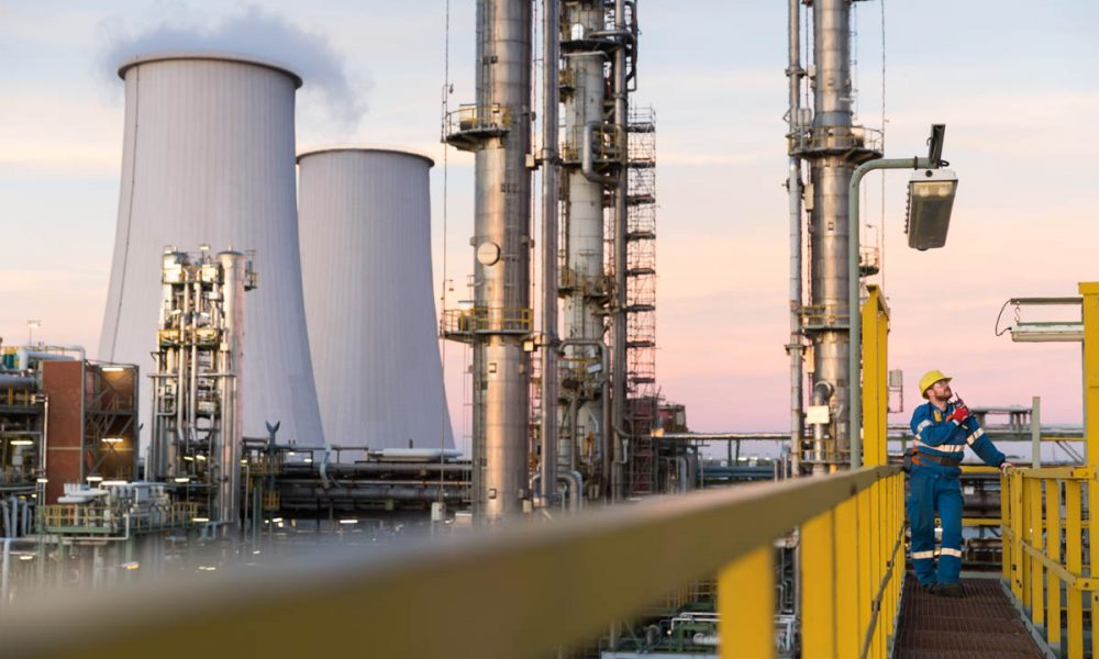 When the refinery comes to a stop: Bilfinger's expertise in turnarounds Total