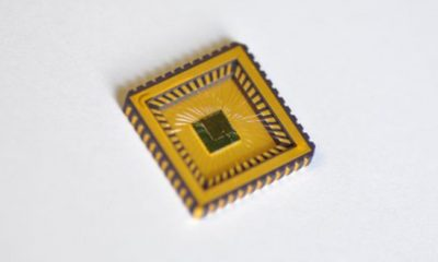 "The at Fraunhofer IMS developed ""IMS-CAP51"" installed in a CLCC44 ceramic case. A chip like this is used for capacitive and inductive sensor readout."